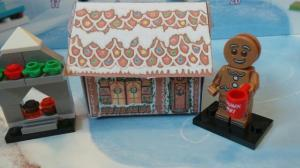 Isapop's gingerbread house