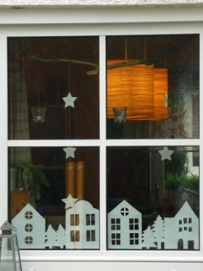 Advent Calendar Day 13 – window silhouettes