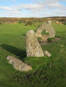Men-an-Tol stones
