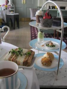 Alexander McQueen afternoon tea-small