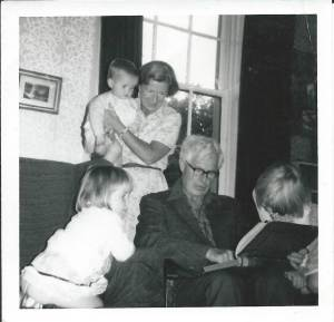 My Grandpa Reading Gulliver's Travels to his Grandchildren!