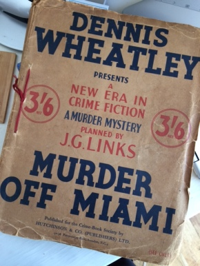 Murder Off Miami by Ruth Fitzgerald